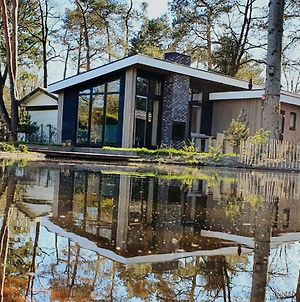 Cozy Chalet With A Jetty Nearby De Veluwe photos Exterior