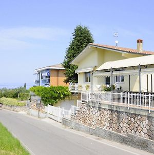 Quaint Holiday Home In Lazise With Lake Nearby photos Exterior