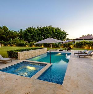 Stunning Villa With Private Pool And Jacuzzi In Casa De Campo photos Exterior