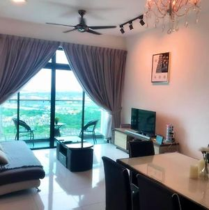 Bukit Indah City View By Wp Homestay photos Exterior
