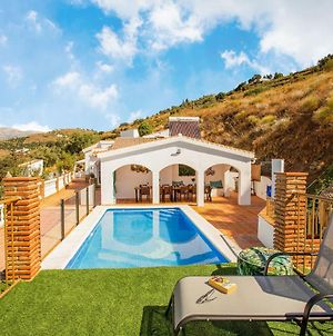 Swanky Villa In Competa With Private Pool photos Exterior