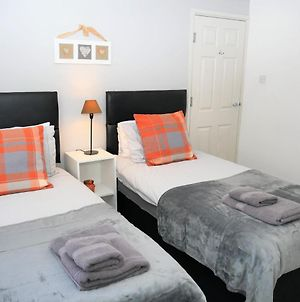 Greswold House Coventry, 3 Bedrooms, Near Warwick-Uni, Nec, Rated Exceptional! photos Exterior
