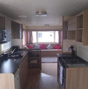 3 Bedroom, 8 Berth Caravan On Whitehouse Leisure Park, Towyn, Abergele, Near Rhyl photos Exterior
