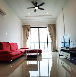 Ricky Homestay 16 Boulevard Imperial Suite A19-04 photos Exterior