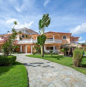 Private 6 Bedroom Villa Great For Parties photos Exterior