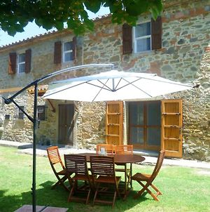 Villa With 3 Bedrooms In Tuoro Sul Trasimeno With Private Pool Enclosed Garden And Wifi 2 Km From The Beach photos Exterior