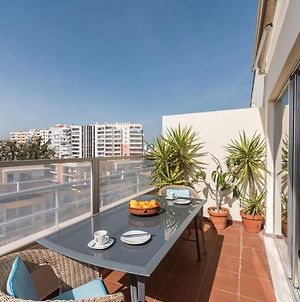 Beautiful 1 Bedroom Apartment With Stunning View photos Exterior