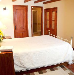 House With One Bedroom In Gouveia With Wonderful Mountain View 150 Km From The Beach photos Exterior
