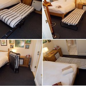 Double Room With Private Bathroom In Art Flat - Guests Need Id Provided photos Exterior