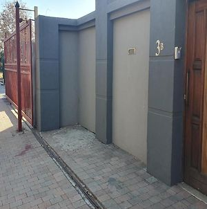 The Striped Elephant Guest House And Self Catering photos Exterior