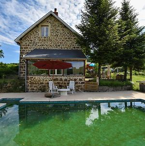 Alluring Holiday Home With Pool, Barbecue, Sun-Loungers photos Exterior