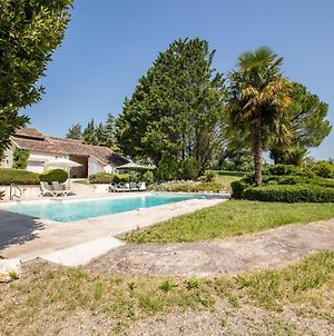 Double Gite On A Quiet Domain With Large Swimming Pool And A Park-Like Garden. photos Exterior
