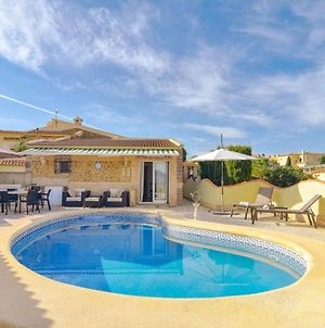 Luxurious Villa In Pedreguer With Pool photos Exterior