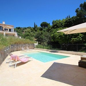 Inviting Holiday Home In La Croix Valmer With Swimming Pool photos Exterior