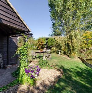 Rustic Holiday Home In Goudhurst Kent With Private Parking photos Exterior