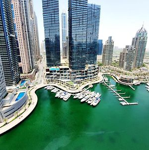 Beautifully Furnished 1 Bed With Marina Views photos Exterior