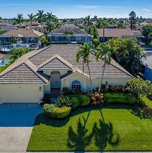 Gorgeous Waterfront 3 Bed With Quick Access To Gulf!! photos Exterior