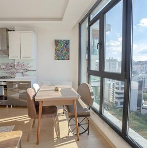 Bright And Cozy Apartment With City View In Besiktas photos Exterior