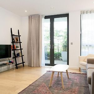 Pass The Keys - 3Bed Apartment With Two Private Patios, Se16 photos Exterior
