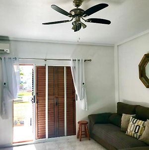 2-Bed Apartment 10 Min Drive To The Beach! photos Exterior