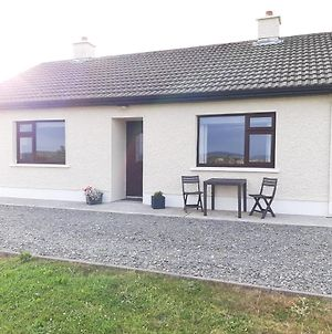 Beautiful Country Cottage Sleeps 3 photos Exterior