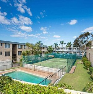 14 'The Dunes', 38 Marine Dr - Large Unit With Pool, Tennis Court And Directly Across From Fingal photos Exterior
