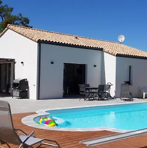 Villa With 3 Bedrooms In Saint Jean De Monts With Private Pool Enclosed Garden And Wifi photos Exterior