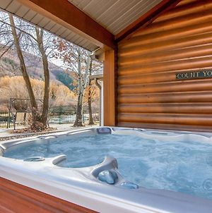 Provo Riverside Cabin #2 - Provo Canyon - Private Hot Tub - Rent All 3 Cabins photos Exterior