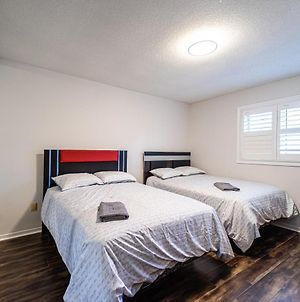 E- Beautiful Private Room 2 Double Beds & Tv! photos Exterior