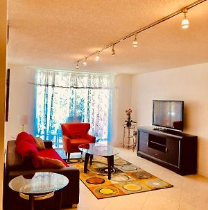 Resort Style 2 Brm 5 Min From Ocean Free Park And Wifi photos Exterior