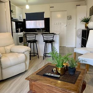 Light And Bright Apartment In Great Location! photos Exterior