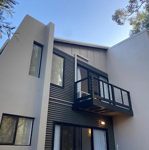 Margaret Forest Retreat - Located Within Margaret Forest, In The Heart Of The Town Centre Of Margaret River, Studio Spa Apartment! photos Exterior