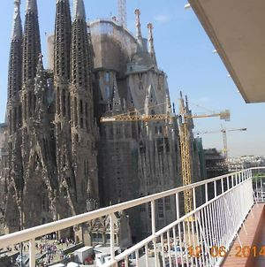 Amazing Views Of Sagrada Familia photos Exterior