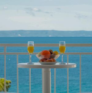 Seaview Rooms With Breakfast & Free Parking photos Exterior