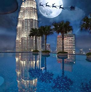 Sky Suites At Klcc By Like Home photos Exterior