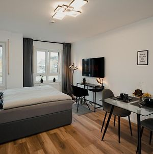 Feelhome One: Modernes Studioapartment Direkt Am Hauptbahnhof! photos Exterior