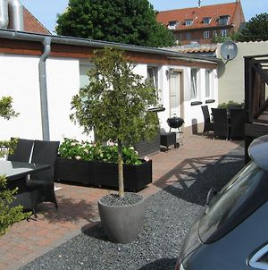 Kitchen & Apartments Odense With Free Parking photos Exterior