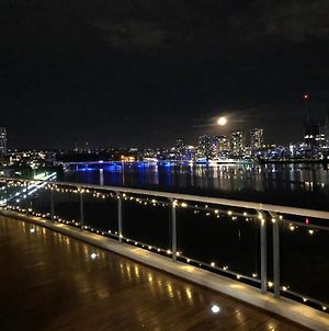 Luxury Penthouse 180Degree Waterview Private Deck Sydney Olympic Park photos Exterior