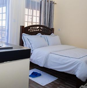 Faustina Suites Classy Serviced Apartment In Fedha Estate 3Km From Jkia Airport 30 Usd A Night photos Exterior