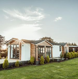 Little Eden Country Park, Bridlington With Private Hot Tubs Available photos Exterior