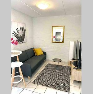 Centurion Fully Furnished Lock Up&Go 1 Bedroom Apartment photos Exterior