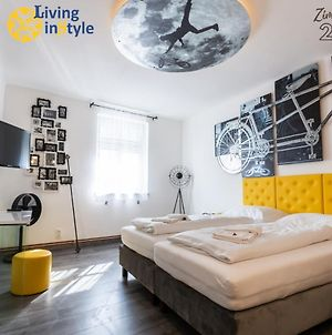 Living Instyle photos Exterior