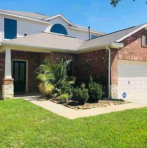 4Br Stylish Katy Getaway With 4Ktvs, Free Parking, And Free Wifi photos Exterior