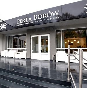 Perla Borow photos Exterior