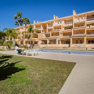 Apartment In Vale Do Garrao Sleeps 4 Includes Air Con And Wifi 5 7 photos Exterior