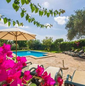 Buger Holiday Home Sleeps 12 With Pool Air Con And Wifi photos Exterior