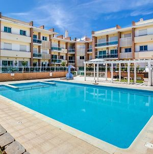 3 Bedroom Apartment With Pool View In Alvor photos Exterior