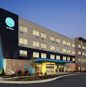 Tru By Hilton Milwaukee Brookfield photos Exterior