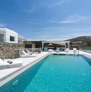 Villa In Elia Sleeps 8 Includes Swimming Pool And Air Con photos Exterior