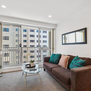 Lovely Two Bedroom Apartment Close To Sky Tower! photos Exterior